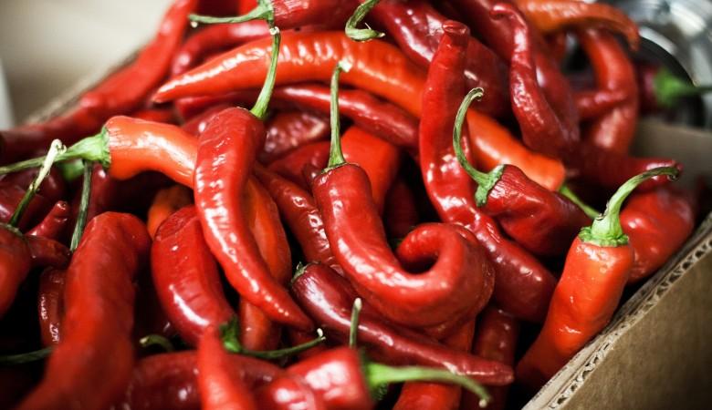 Житель Китая ежедневно съедает по 2,5 кг перца чили для поддержания здоровья