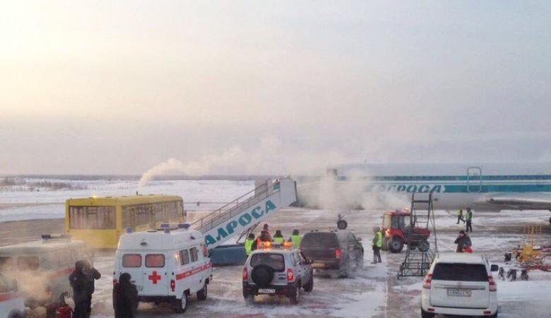 Самолет Ту-154 экстренно сел в Якутии из-за отказа двигателя