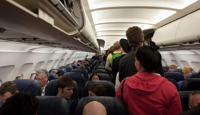 Авиадебошир на рейсе Бангкок – Новосибирск ударил соседку