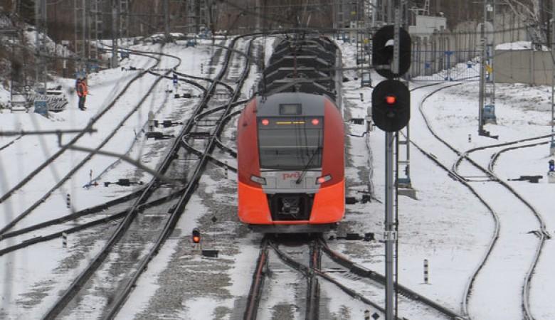 Четыре пассажирских поезда задержаны из-за схода вагонов в Забайкальском крае