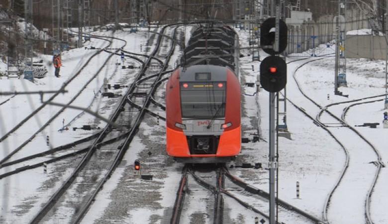 Электричка сбила девочку-подростка вНовосибирске