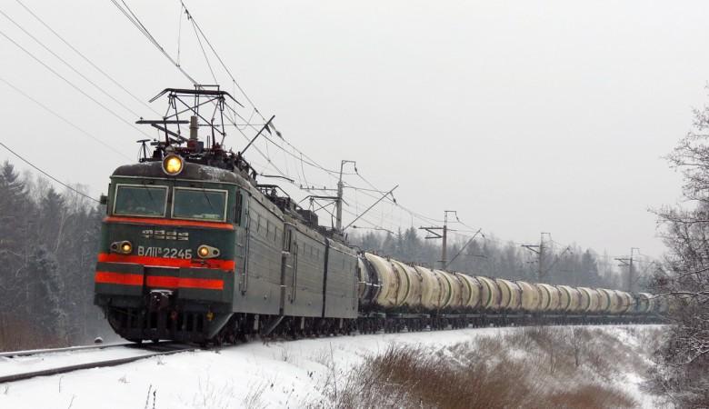 Работники РЖД просят запретить оглушающие свистки локомотивов