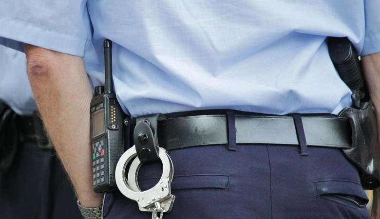 Алтайские полицейские задержали кредитных мошенников, обманувших более 1 тыс человек