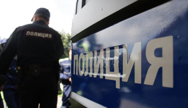 В Кузбассе пьяница выехал на встречную полосу и «встретил» полицейскую машину, сотрудники ППС - в больнице