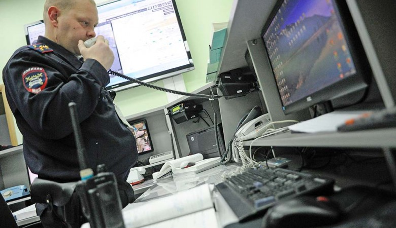 Начальник отдела полиции в Барнауле прослушивал телефон местного бизнесмена