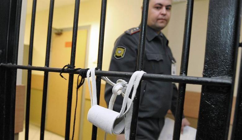 Жительница Алтая избила полицейского баллончиком от дезодоранта