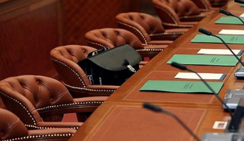 Врио новосибирского губернатора Травников отправил правительство региона в отставку