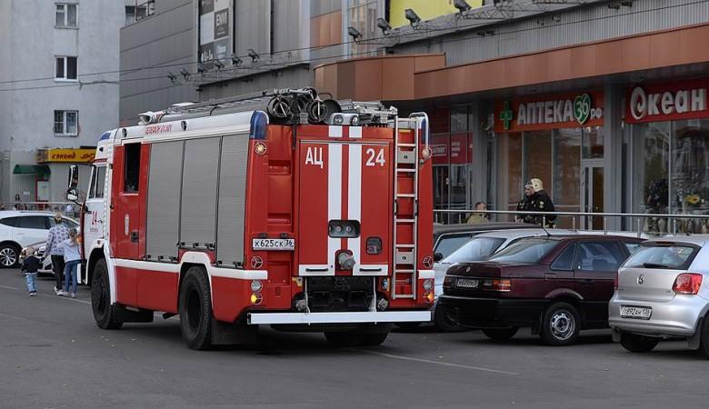 МЧС наконец ликвидировало пожар на продуктовом складе в Новосибирске