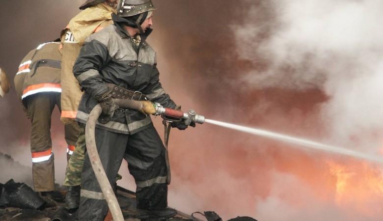 Кондитерский склад сгорел в Новосибирске