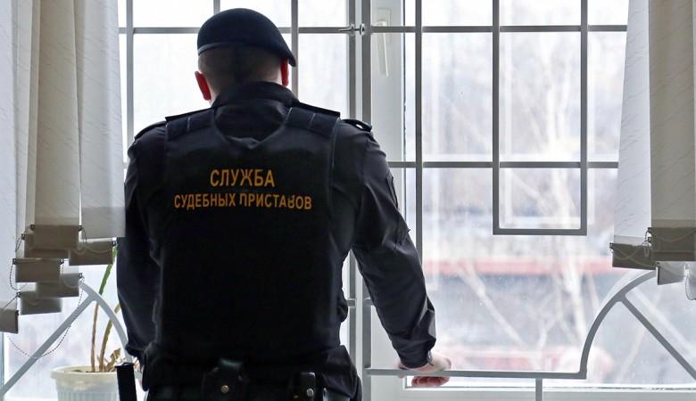 Главный судебный пристав Томской области присваивал премии своих подчиненных – СКР