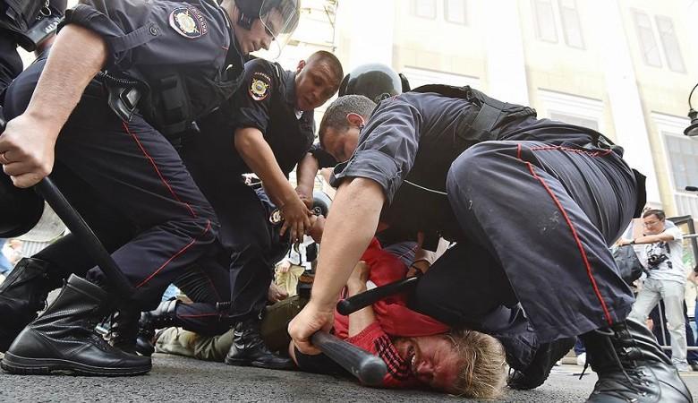 Каждый пятый россиянин готов участвовать в политических протестах - опрос