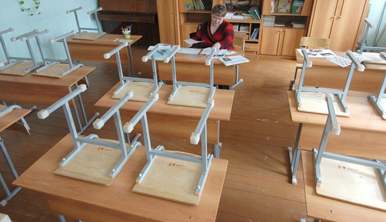 Ученики омской гимназии эвакуированы из-за короткого замыкания