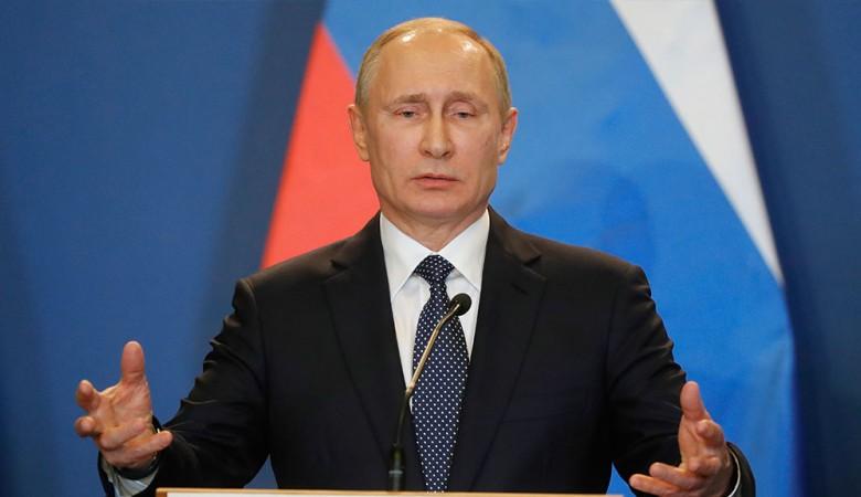 В Омске за один день убрали трехлетнюю помойку, чтобы горожане на прямой линии не жаловались Путину