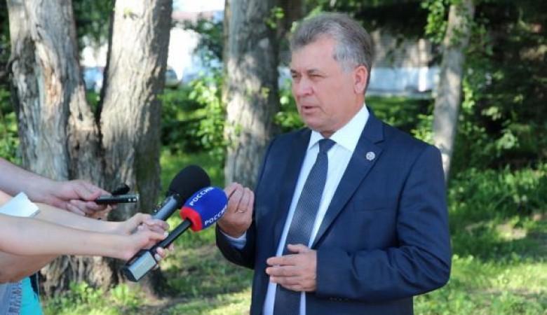 Глава алтайского парламента самоизолировался после появления COVID-19 в правительстве