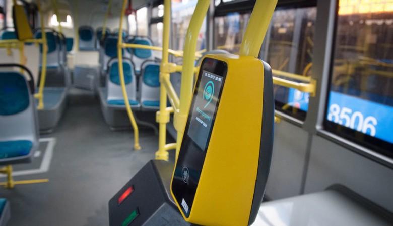 Омский мэр грозит на треть повысить стоимость проезда в автобусах