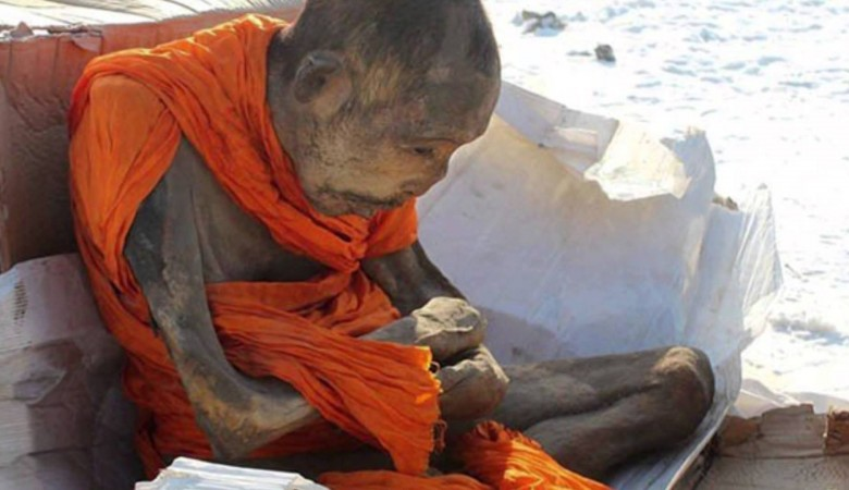 Житель Монголии осужден за попытку продать нетленное тело монаха