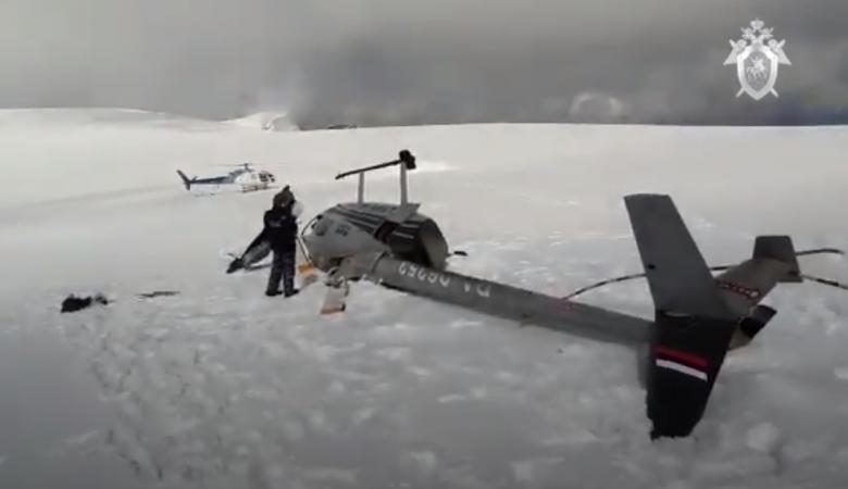 Вертолет Robinson R66 совершил аварийную посадку на горе Белуха в Алтайском крае