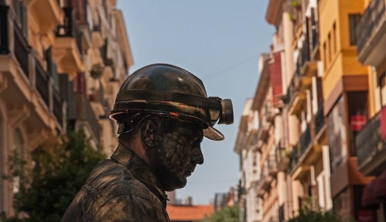 Шесть горняков погибли в угольных шахтах в Киргизии