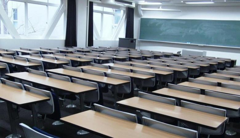 В Новосибирске передано в суд дело о падении шкафов  на пятерых учениц в школе