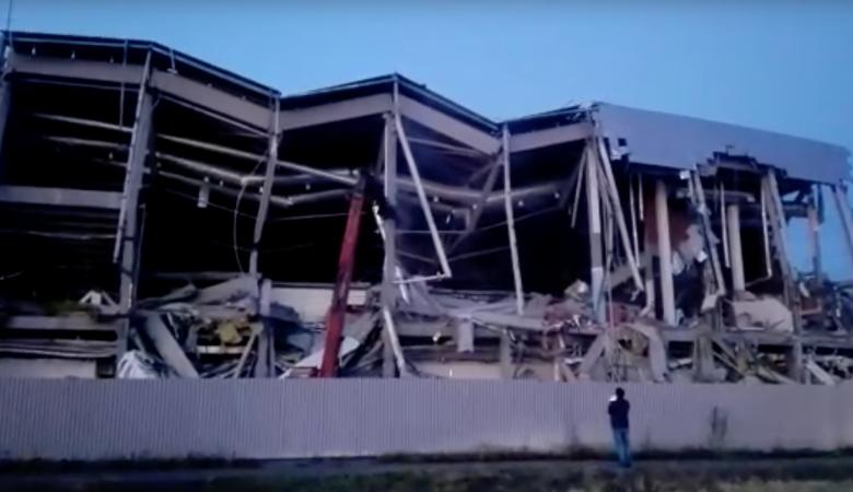Строители взорвали центральную часть «Арены Омск» в день терактов в США 11 сентября