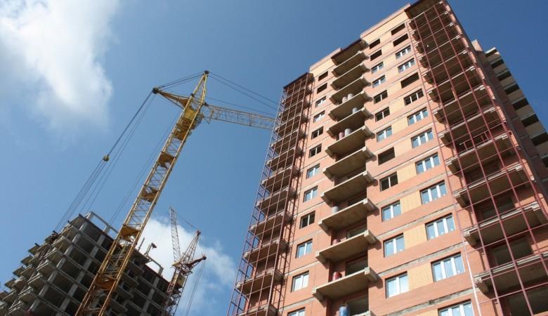 Объем инвестиций в строительство в Новосибирской области упал на 40%