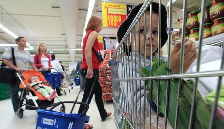 Москвичи платят за продукты почти на тысячу рублей больше