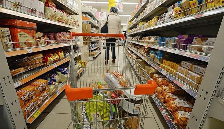 Средний чек россиян за один визит в магазин снижается третий месяц