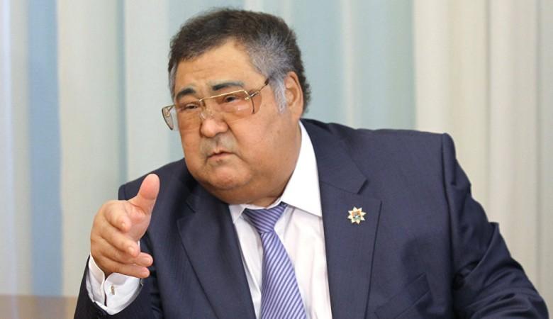 Губернатор Тулеев вернулся в Кузбасс