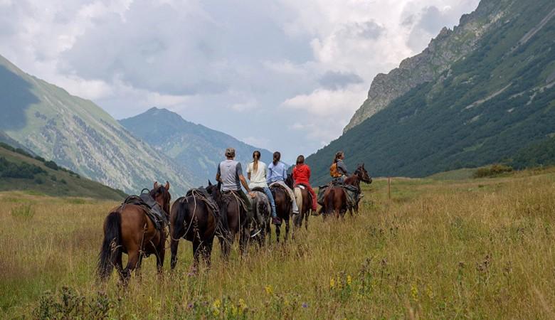 Около 1,5 млн туристов посетили Алтайский край в 2018 году