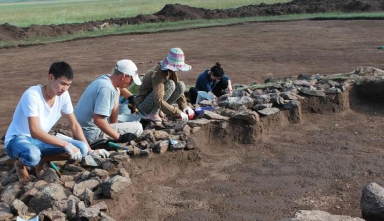 Археологи нашли в Туве первобытное святилище
