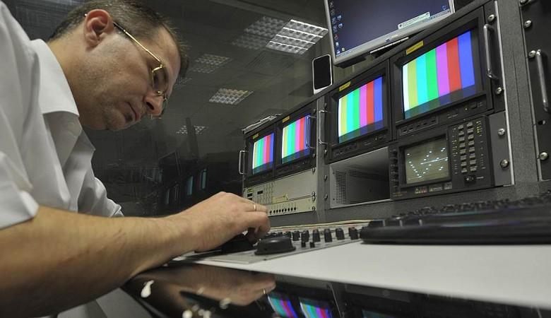Телеканал ТНТ отказывается от зарубежных фильмов в пользу российских шоу