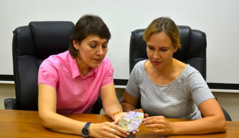 Ученые открыли новый минерал, который можно использовать в ювелирной промышленности