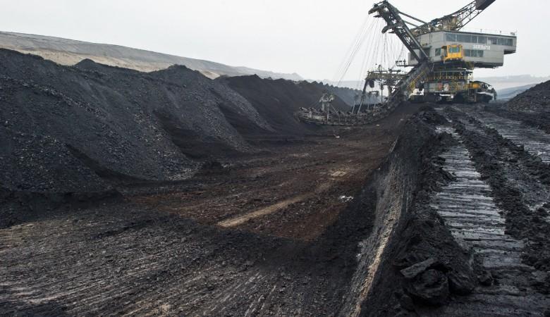 Вугольную отрасль Кузбасса в 2017г инвестируют 53 млрд руб.