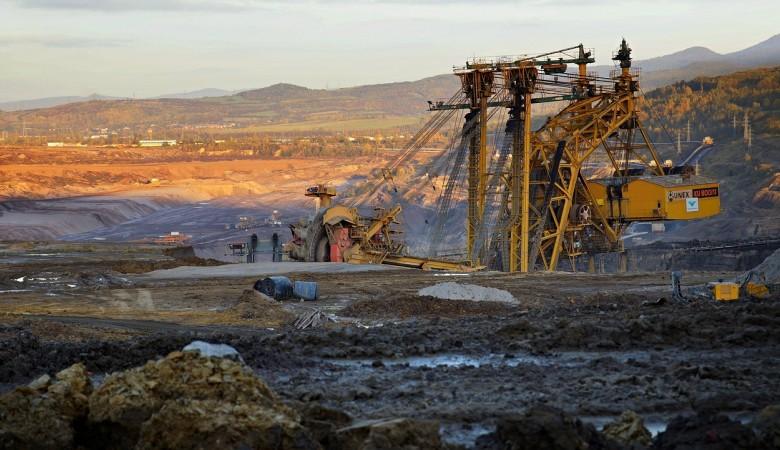 Уголь, БелАЗ и два экскаватора арестованы у кузбасского угледобытчика