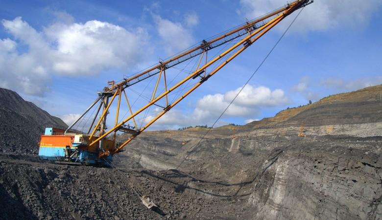 В Кузбассе приставы арестовали 13 тыс. тонн угля