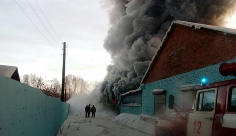Один из погибших при пожаре на обувной фабрике под Новосибирском — гражданин России