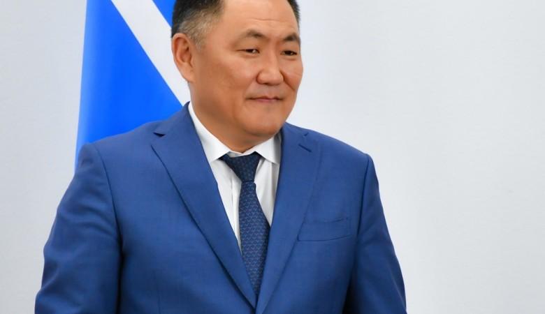 Глава Тувы вернулся в регион после лечения в Москве