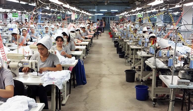 В Бурятии использовали рабский труд узбечек для шитья перчаток