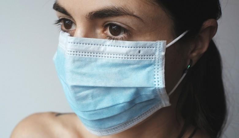Предприятия Красноярского края начали изготавливать до 10 тыс защитных масок в день