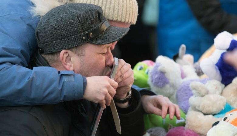 Родственники погибших на пожаре в кемеровском ТРЦ получат дополнительно по 2 млн руб