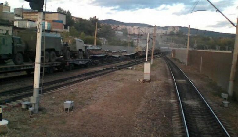 Платформы с танками перевернулись в Забайкальском крае