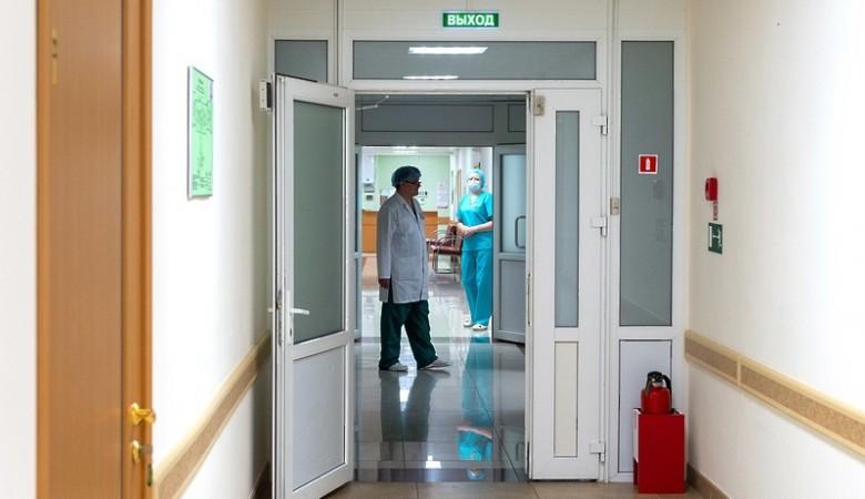 Стационары в Иркутске не берут у «скорых» больных с COVID-19, уже нет мест