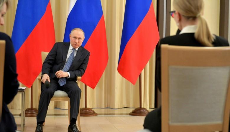 Путин дал прогноз о том, когда Россия справится с коронавирусом