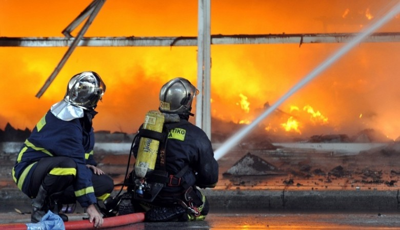 В результате взрыва в Китае погибли 17 человек, пострадали 400