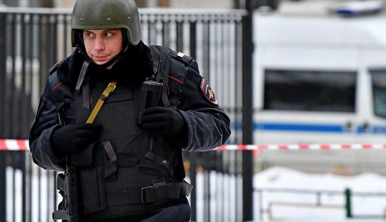 ВНовосибирске взявшего сына взаложники мужчину осудили на10 лет
