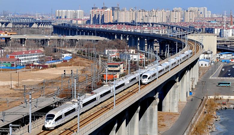 ВКитае открыли одну изсамых протяженных вмире скоростных железных дорог
