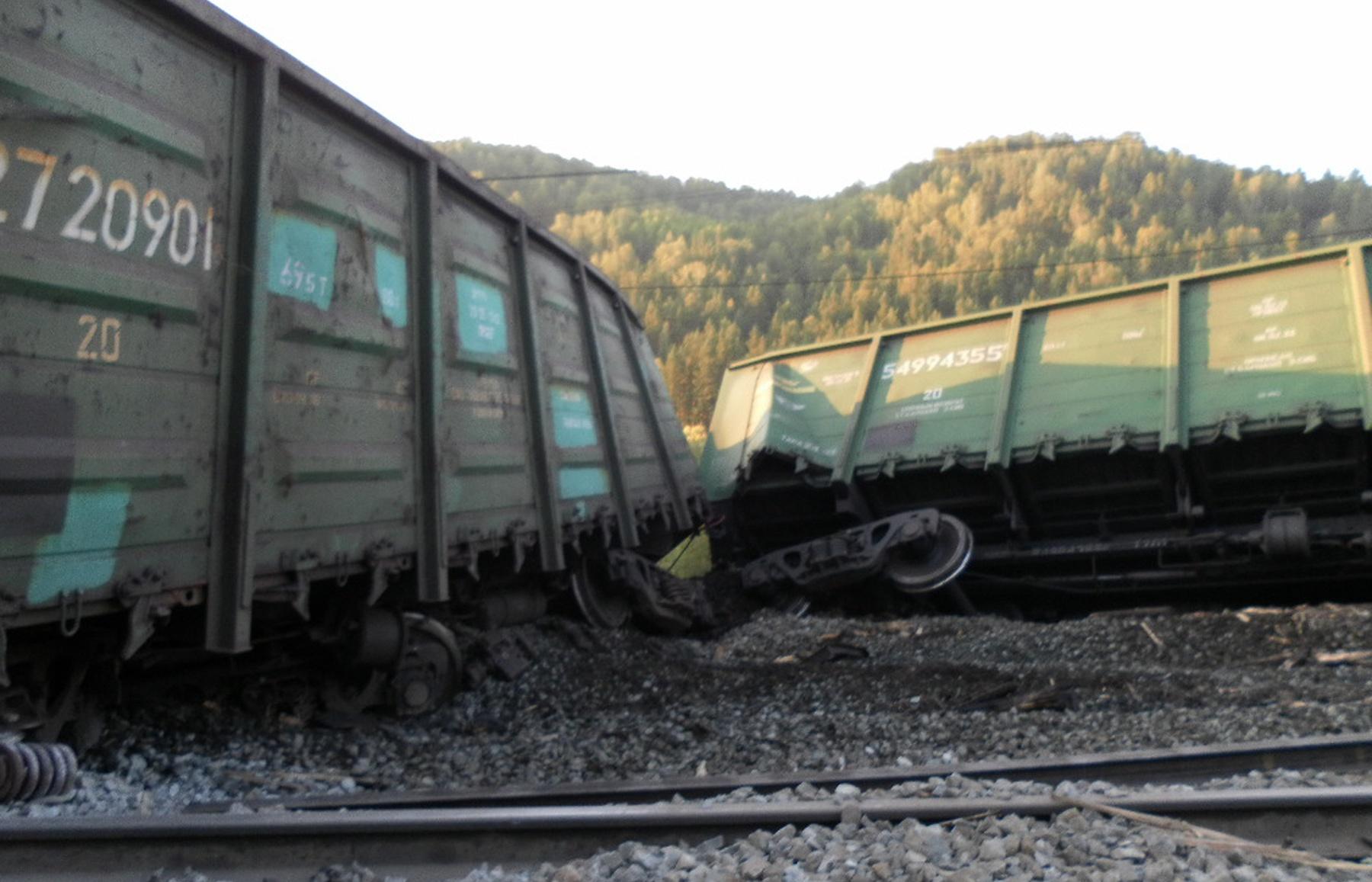 Фото крушенний вагонов 5