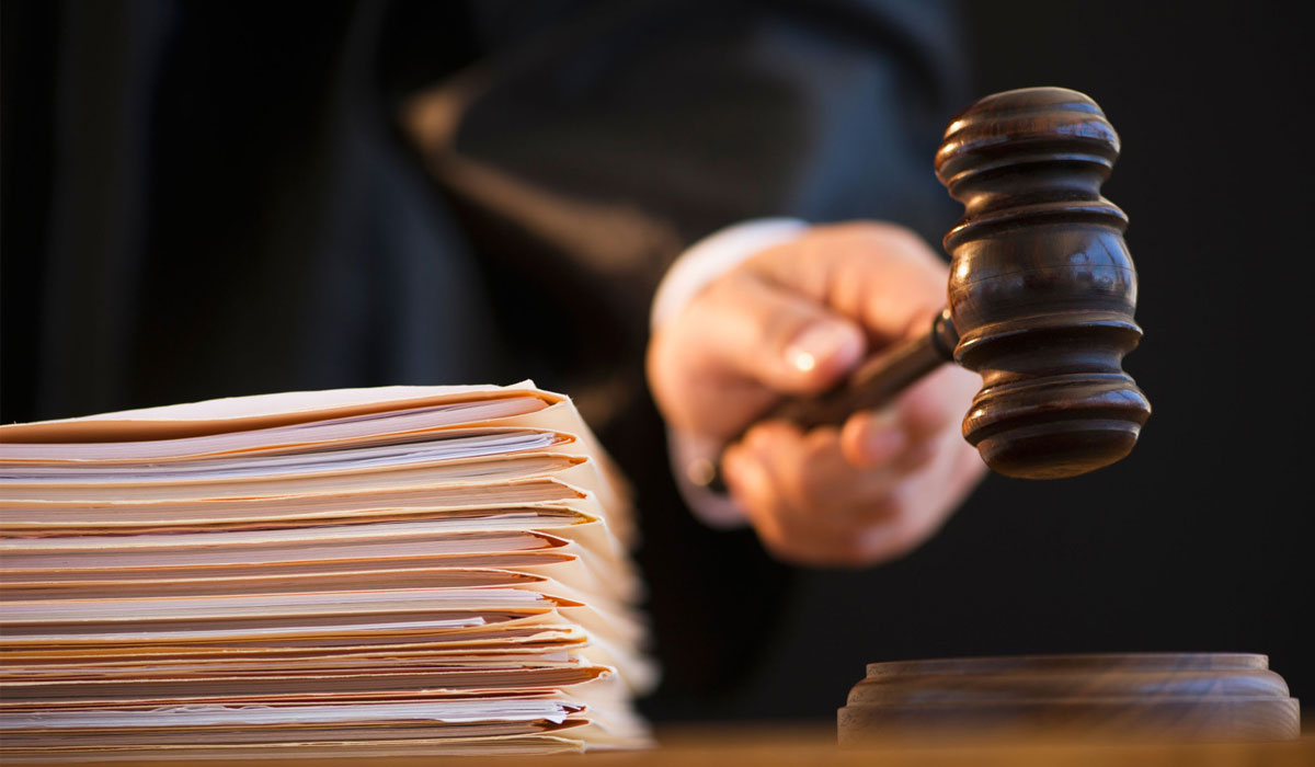 В Оленегорске начался суд над водителем, устроившим ДТП при обгоне