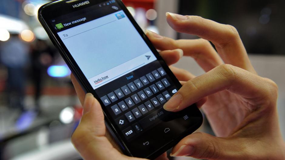 Знакомства Через Мобильные Телефоны