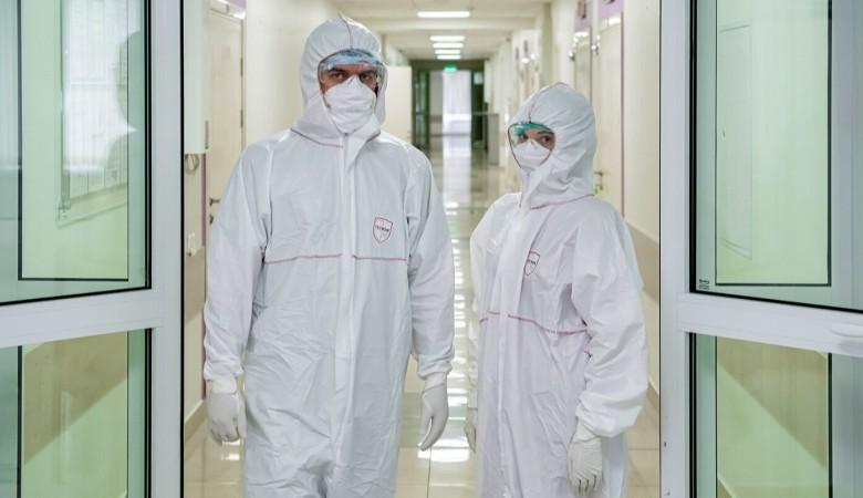 В России за сутки число заражений коронавирусом возросло на 19 905